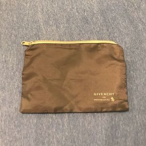 Givenchy pouch for Singapore airlines